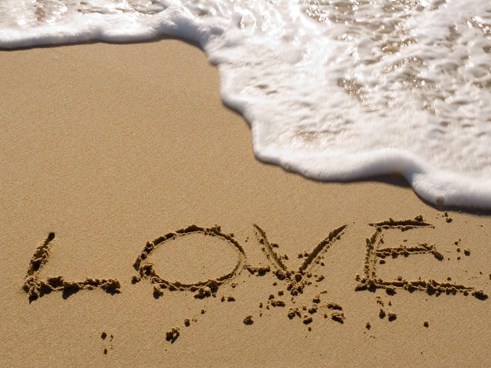 Amour est dans l'air… la vie est belle non
